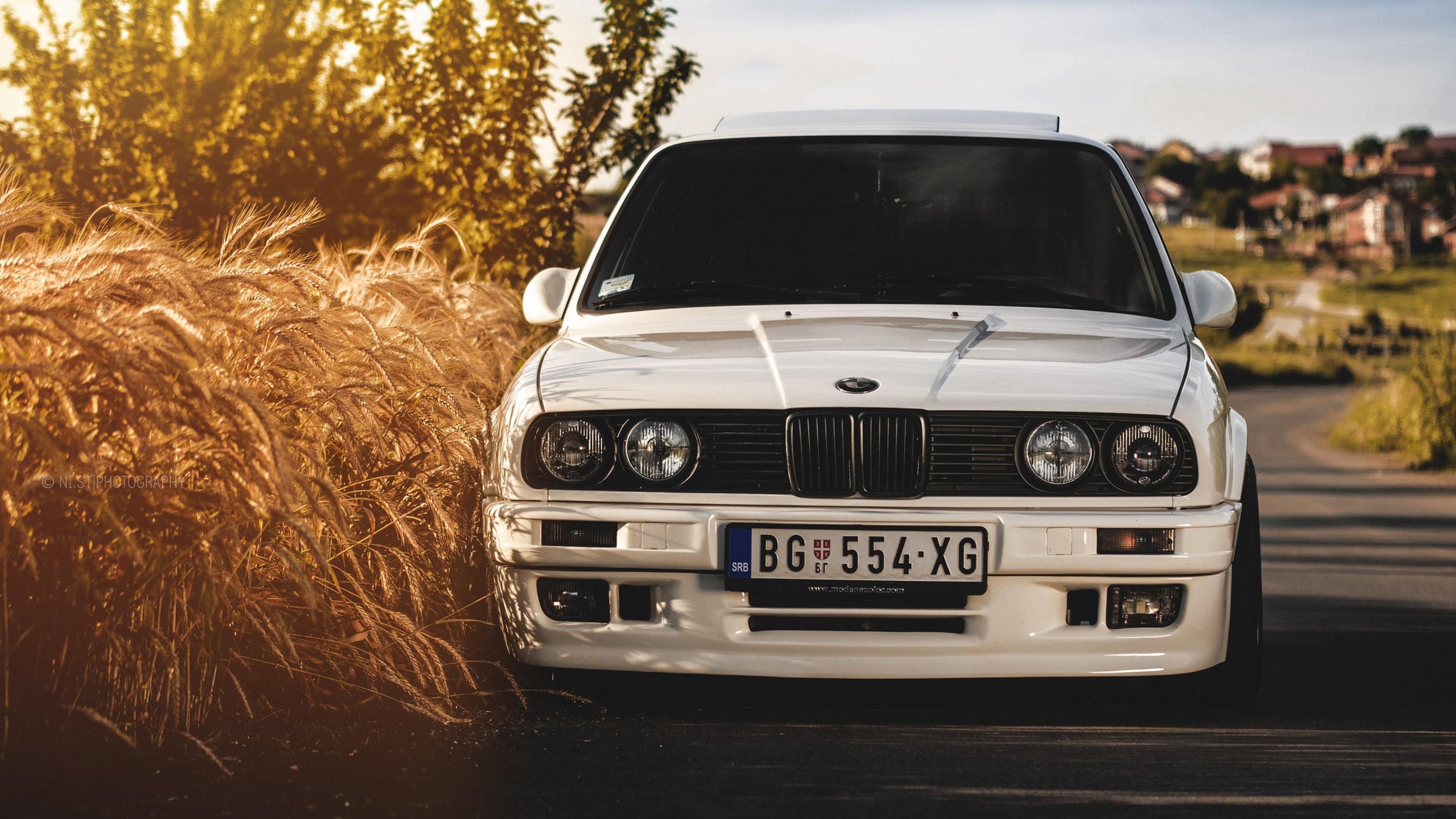 BMW M3 E30 wallpaper