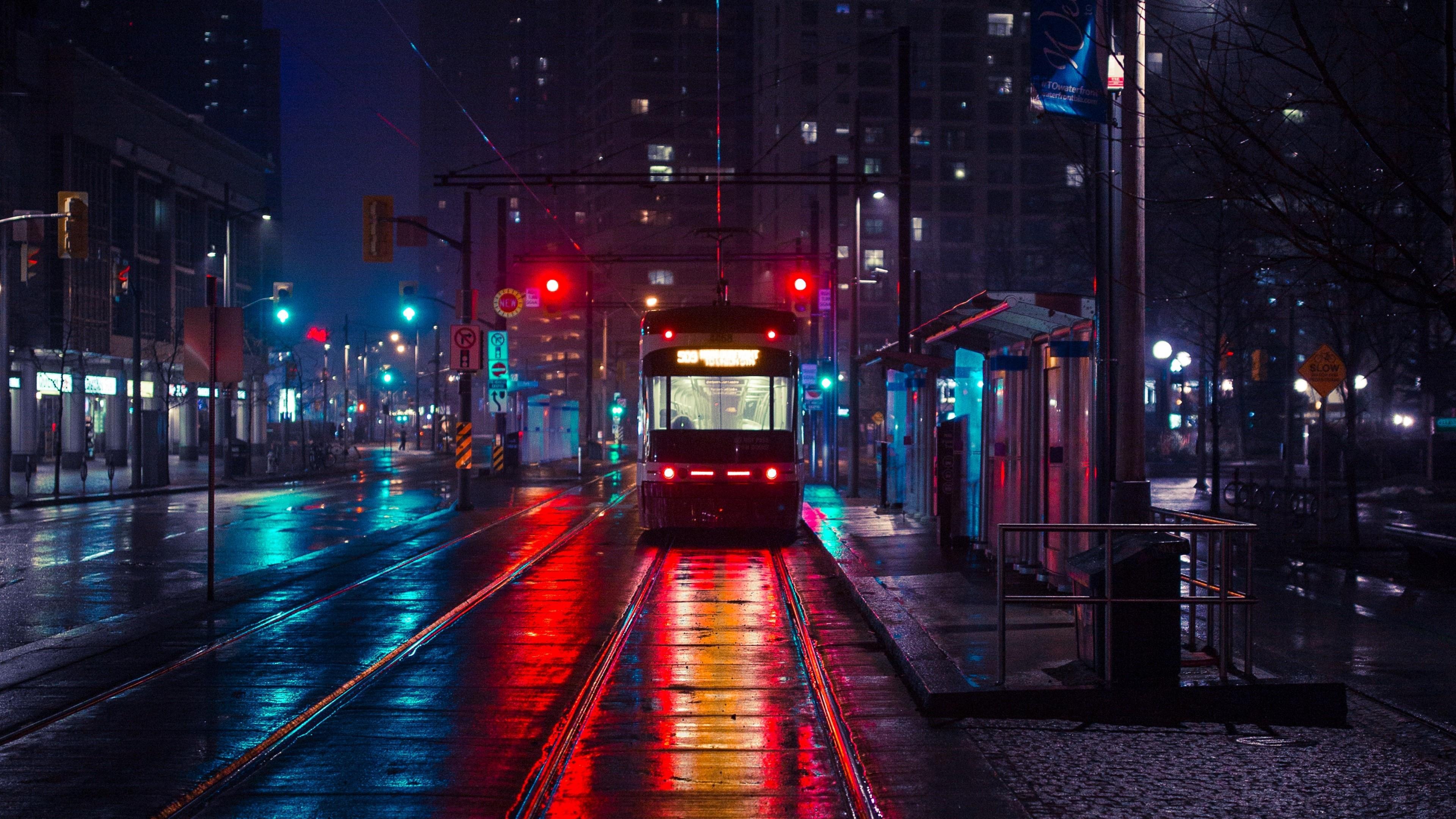 Tram in the night city wallpaper
