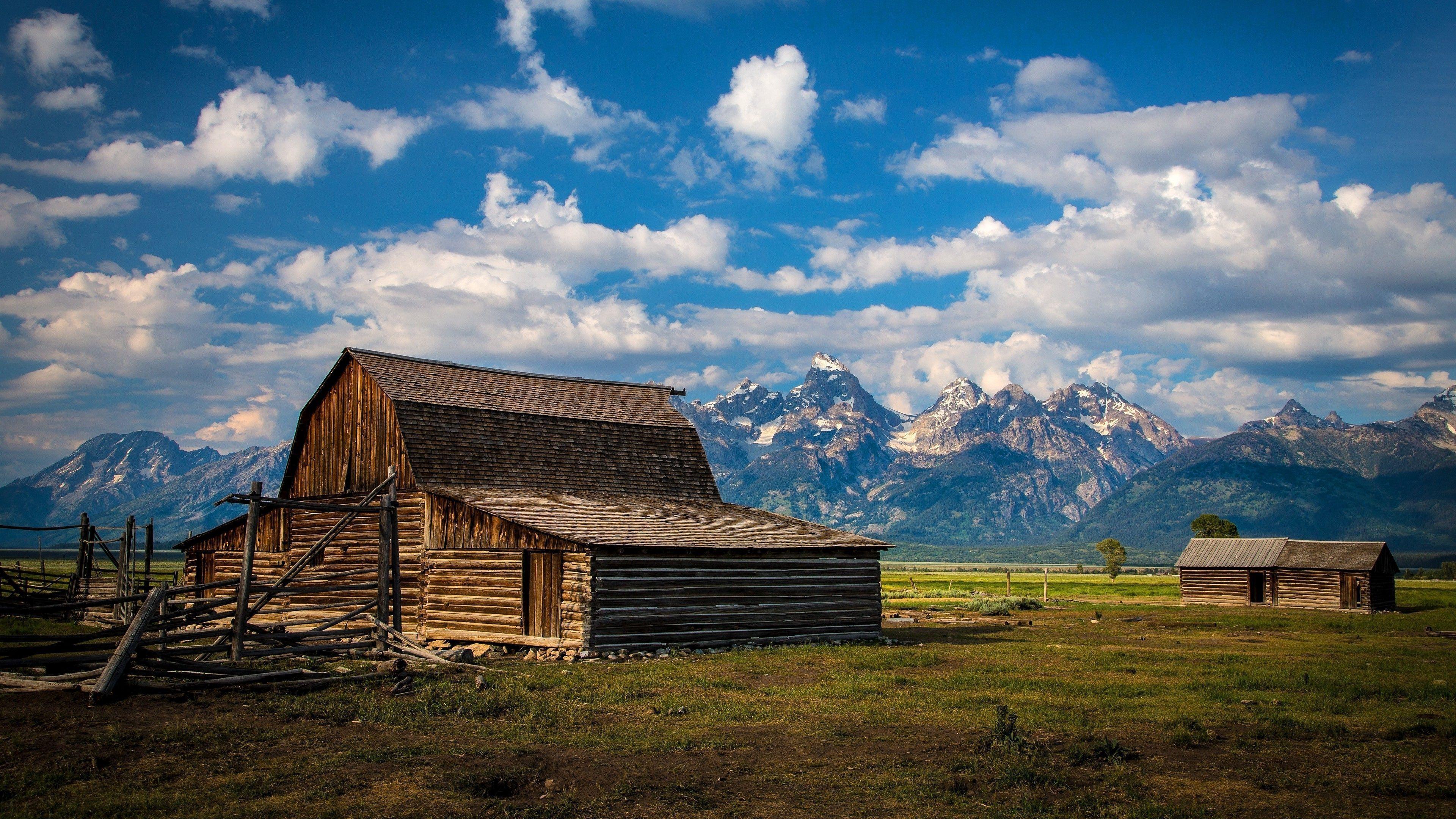 T. A. Moulton Barn (Mormon Row Historic District, Grand Teton National Park) wallpaper