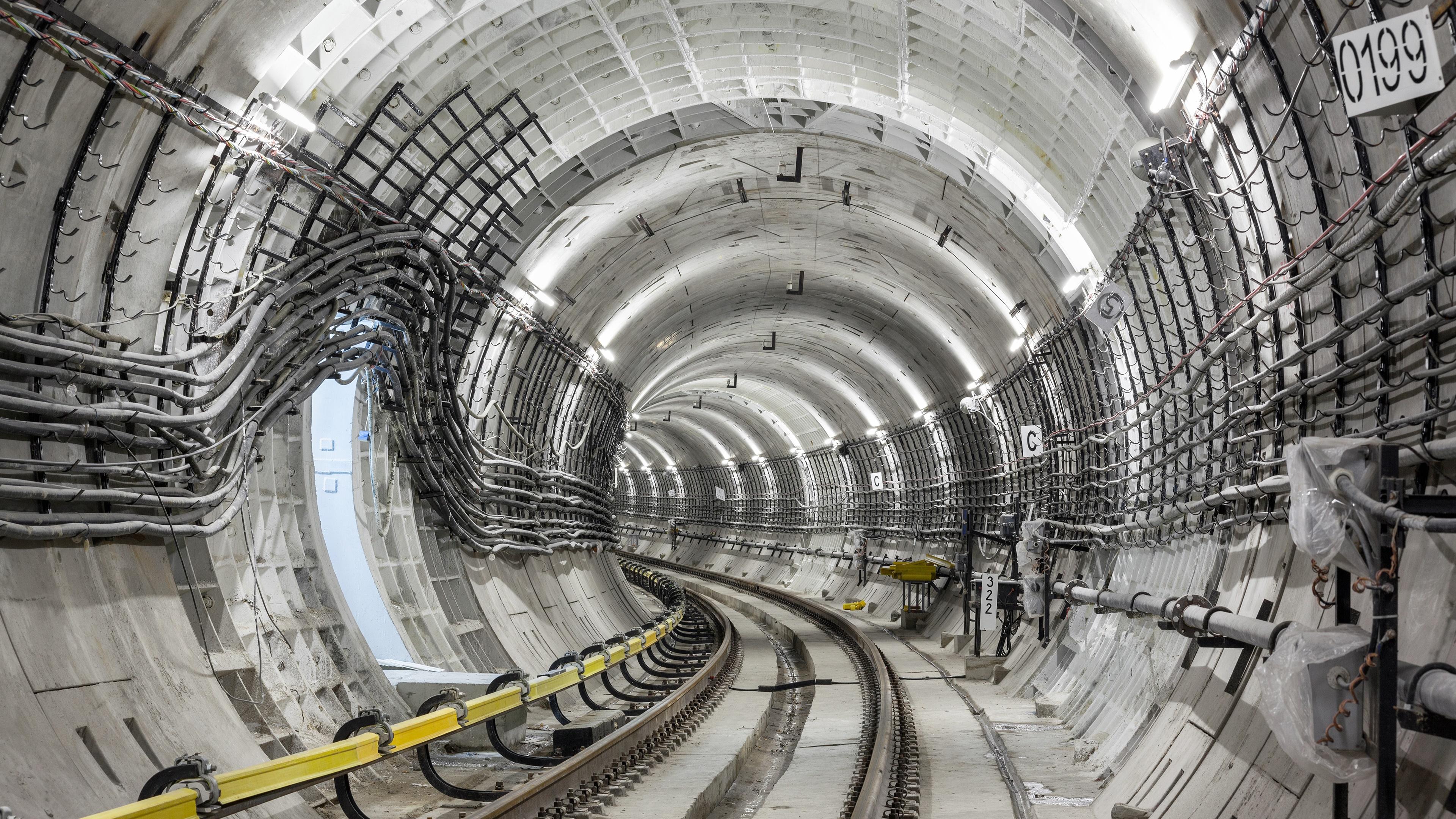 Metro Tunnel wallpaper
