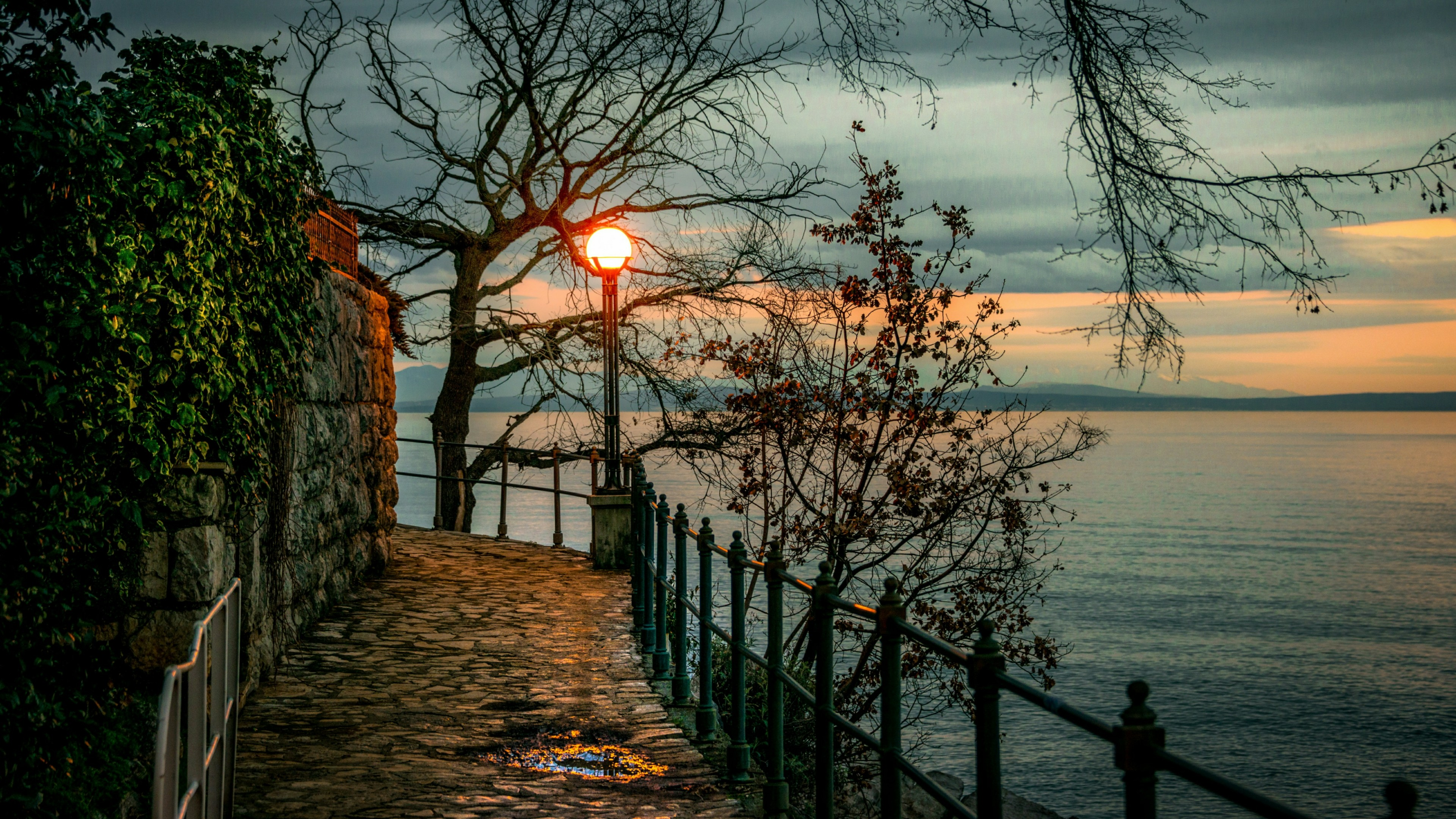 Opatija at fall wallpaper