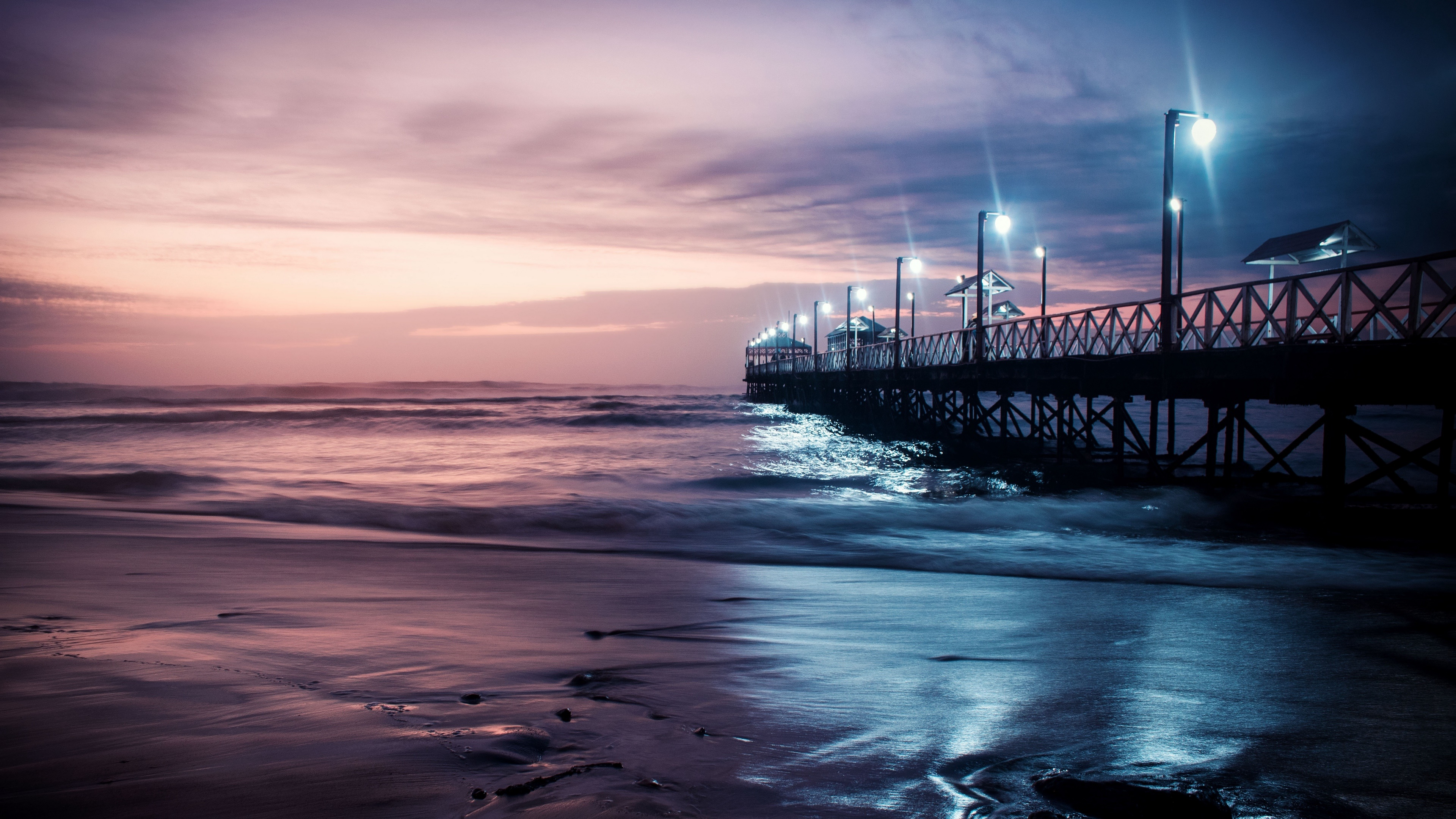 Pier in the Huanchaco Beach at dusk (Peru) wallpaper