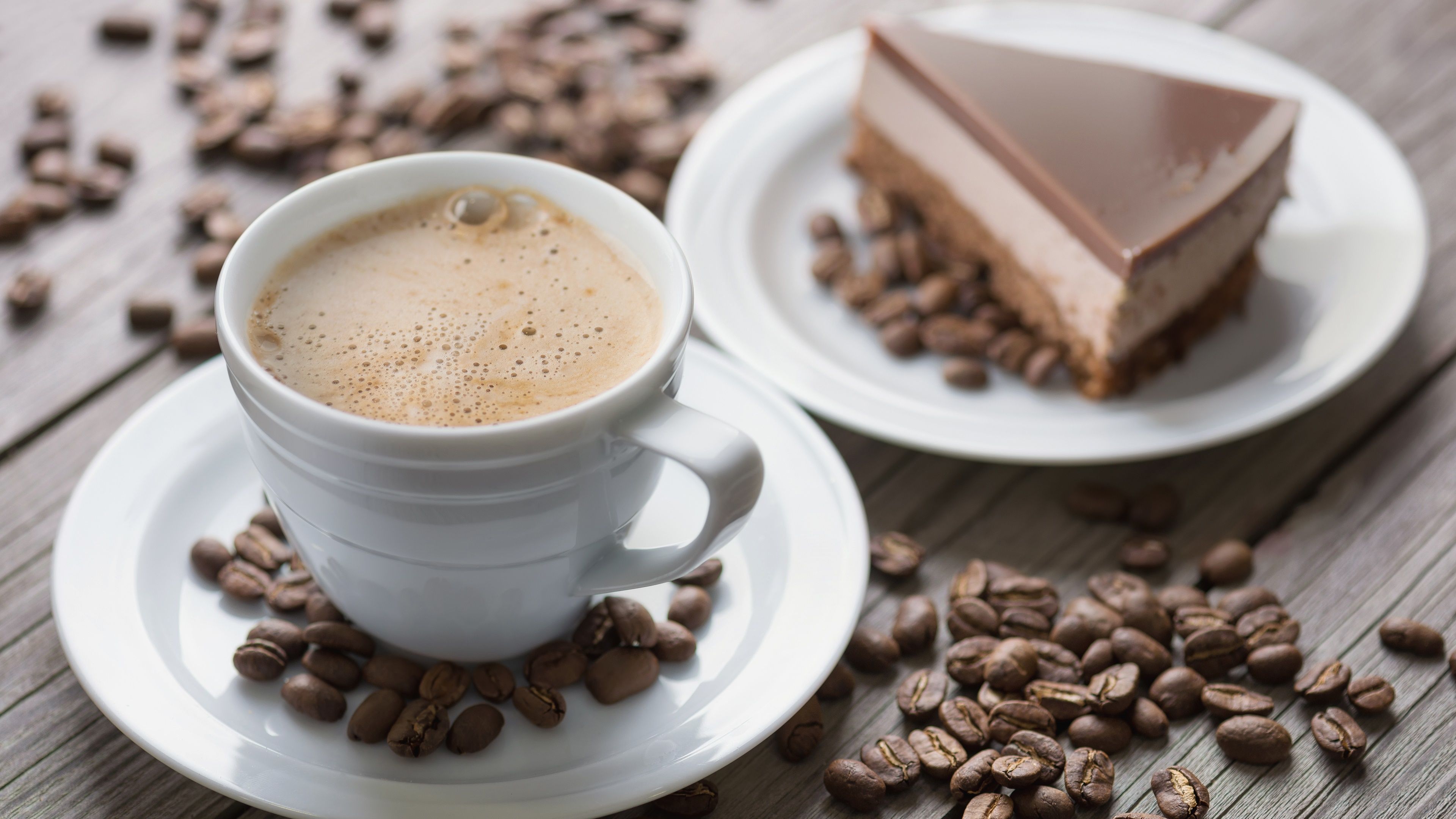 Coffe with chocolate cake wallpaper