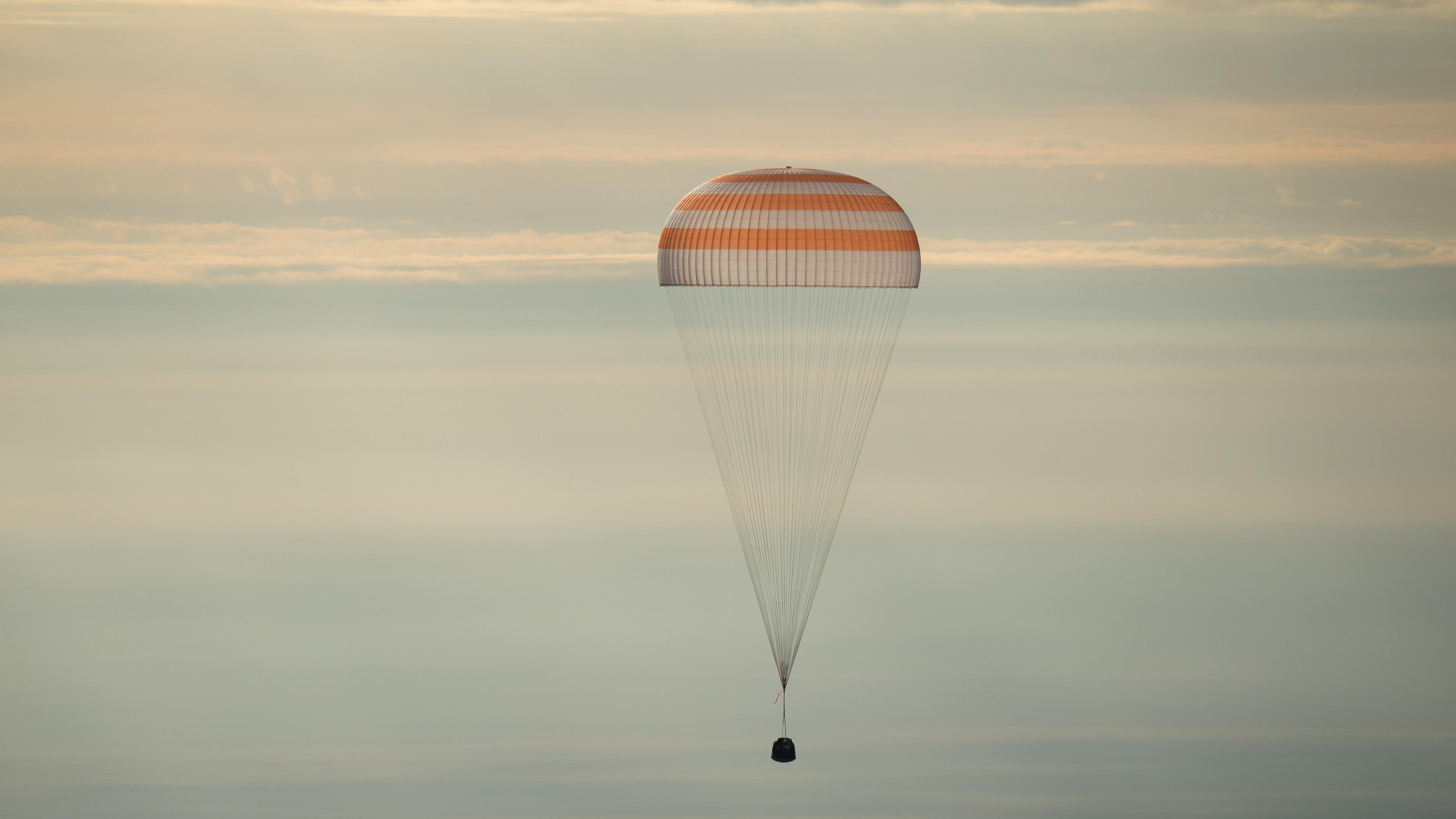 Expedition 49 Soyuz MS-01 Landing wallpaper