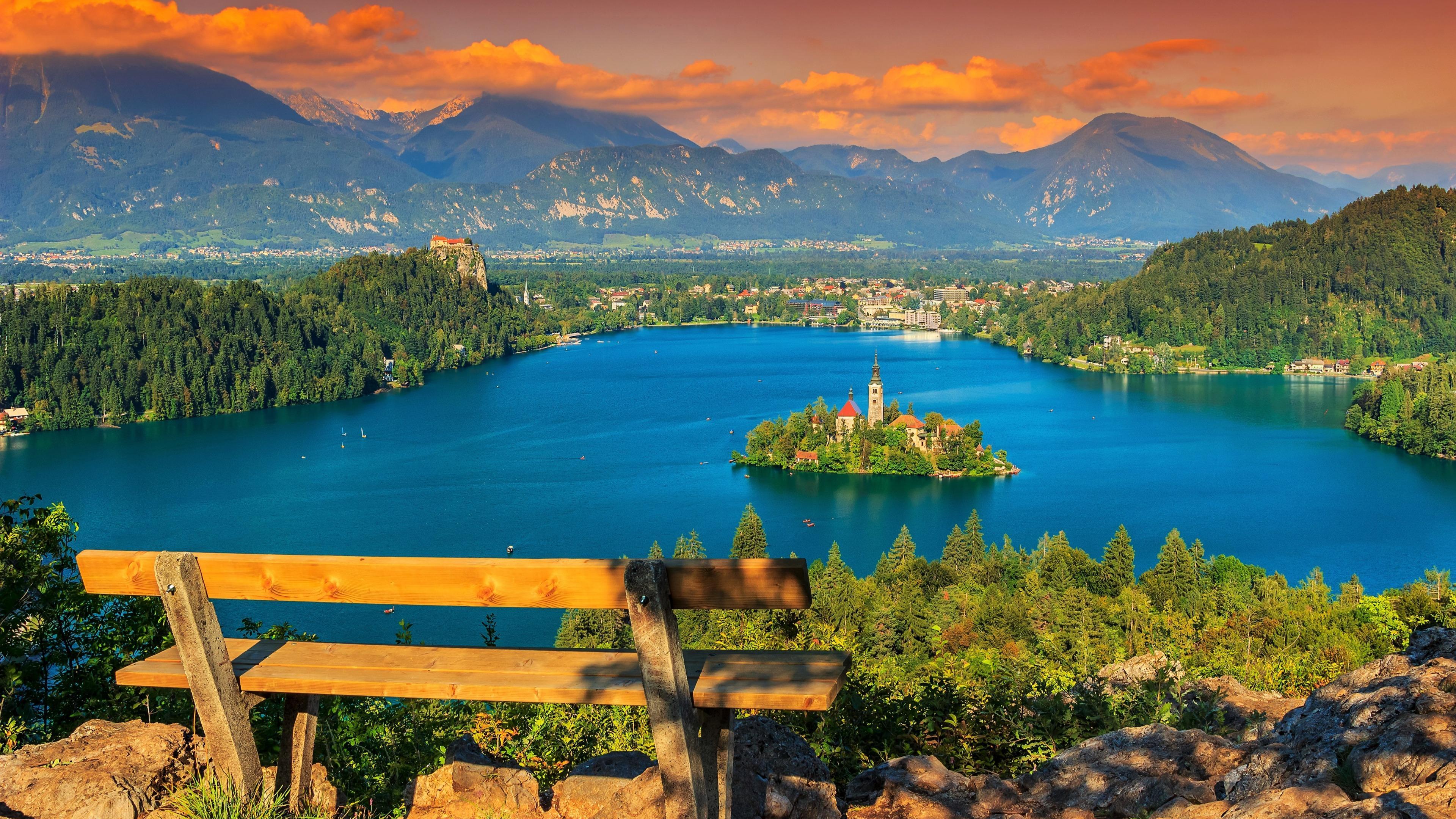 Panoramic view wallpaper