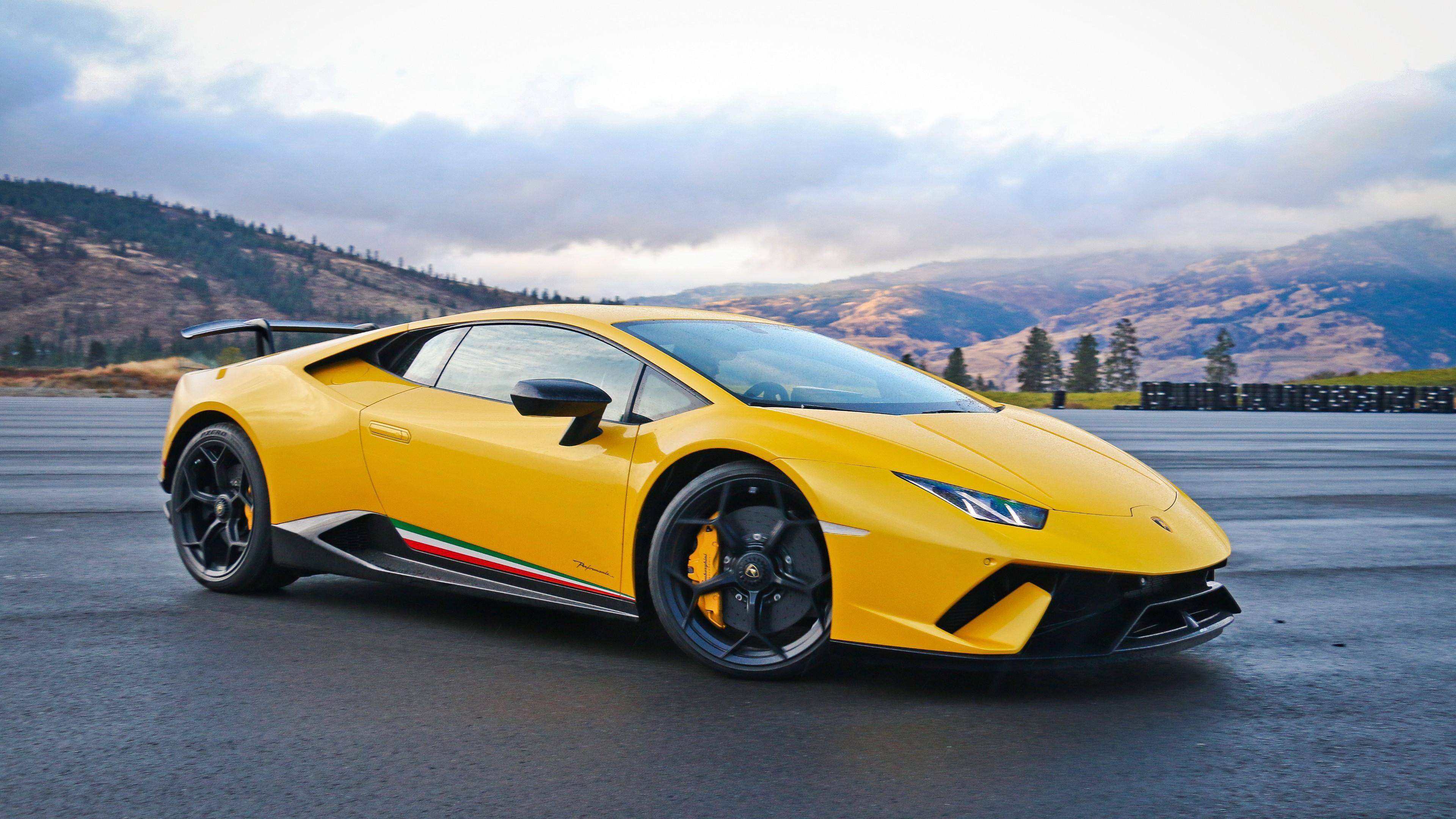 Yellow Lamborghini Huracan 4k Ultrahd Wallpaper Backiee Free