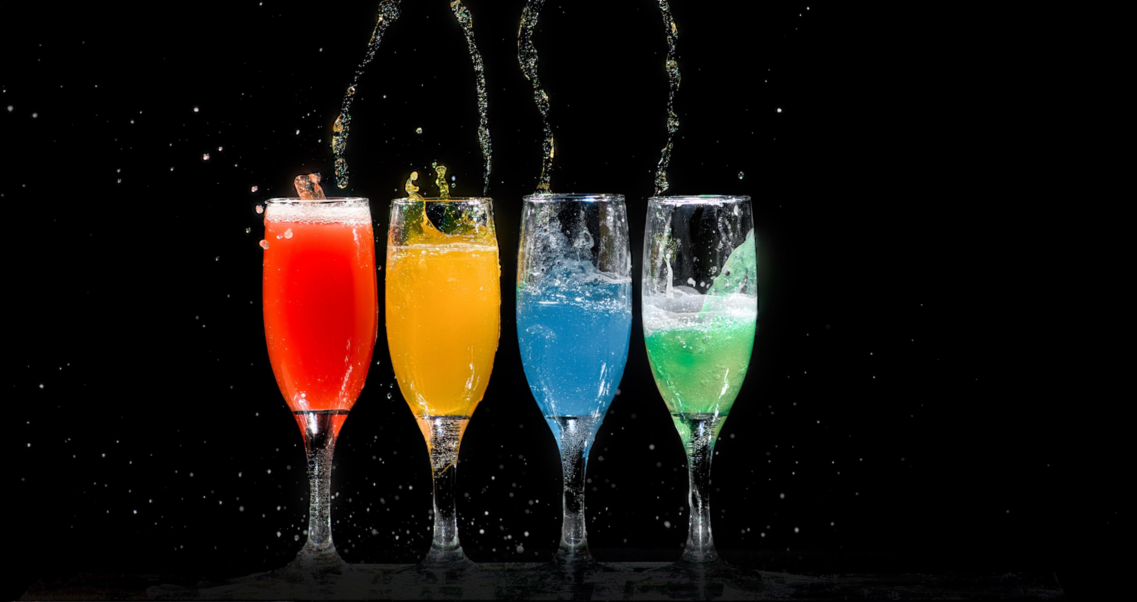 Four Champagne Flutes wallpaper