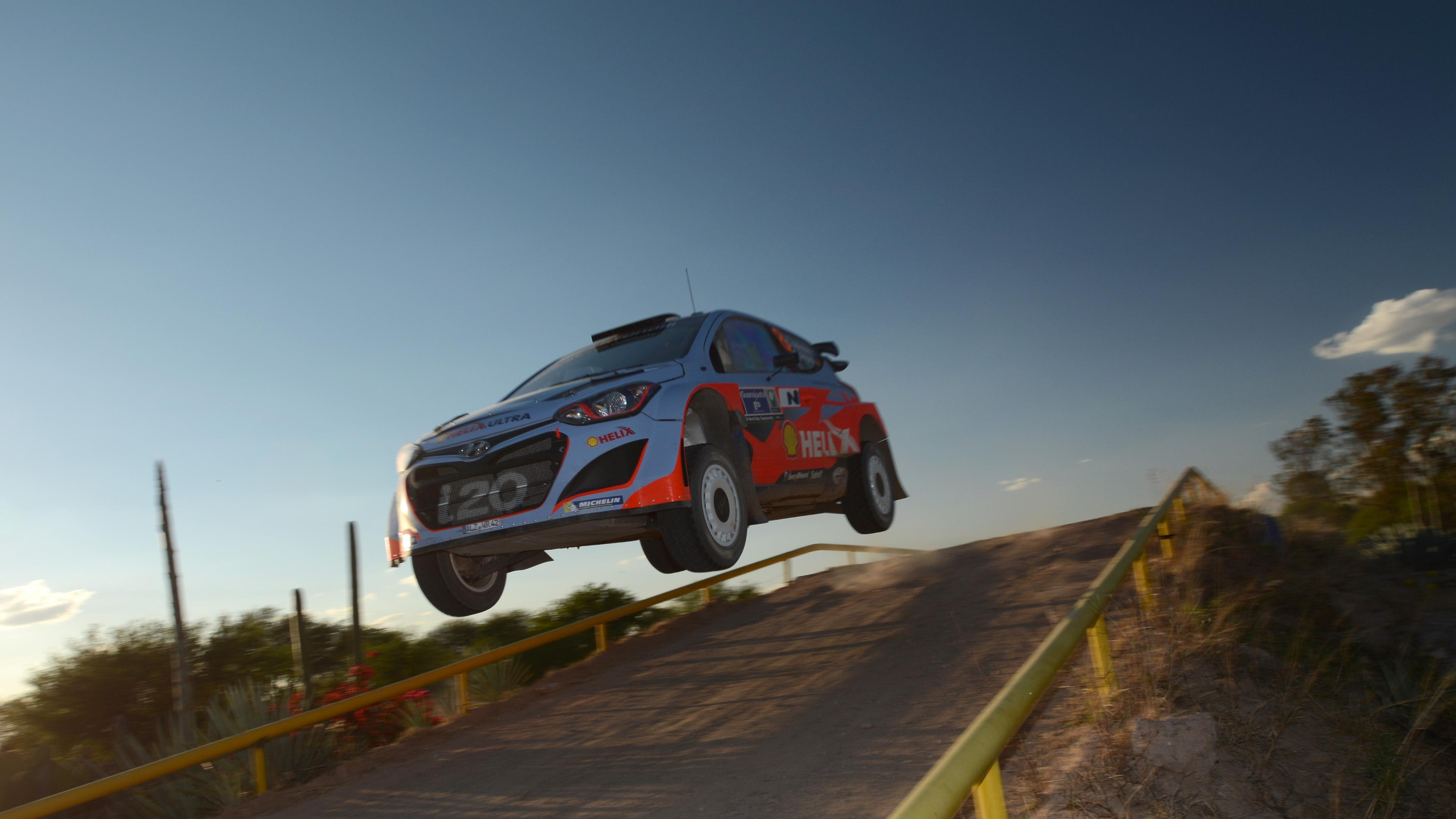 Chris Atkinson & Co-Driver Stéphane Prévot at the 2014 Rally Mexico wallpaper