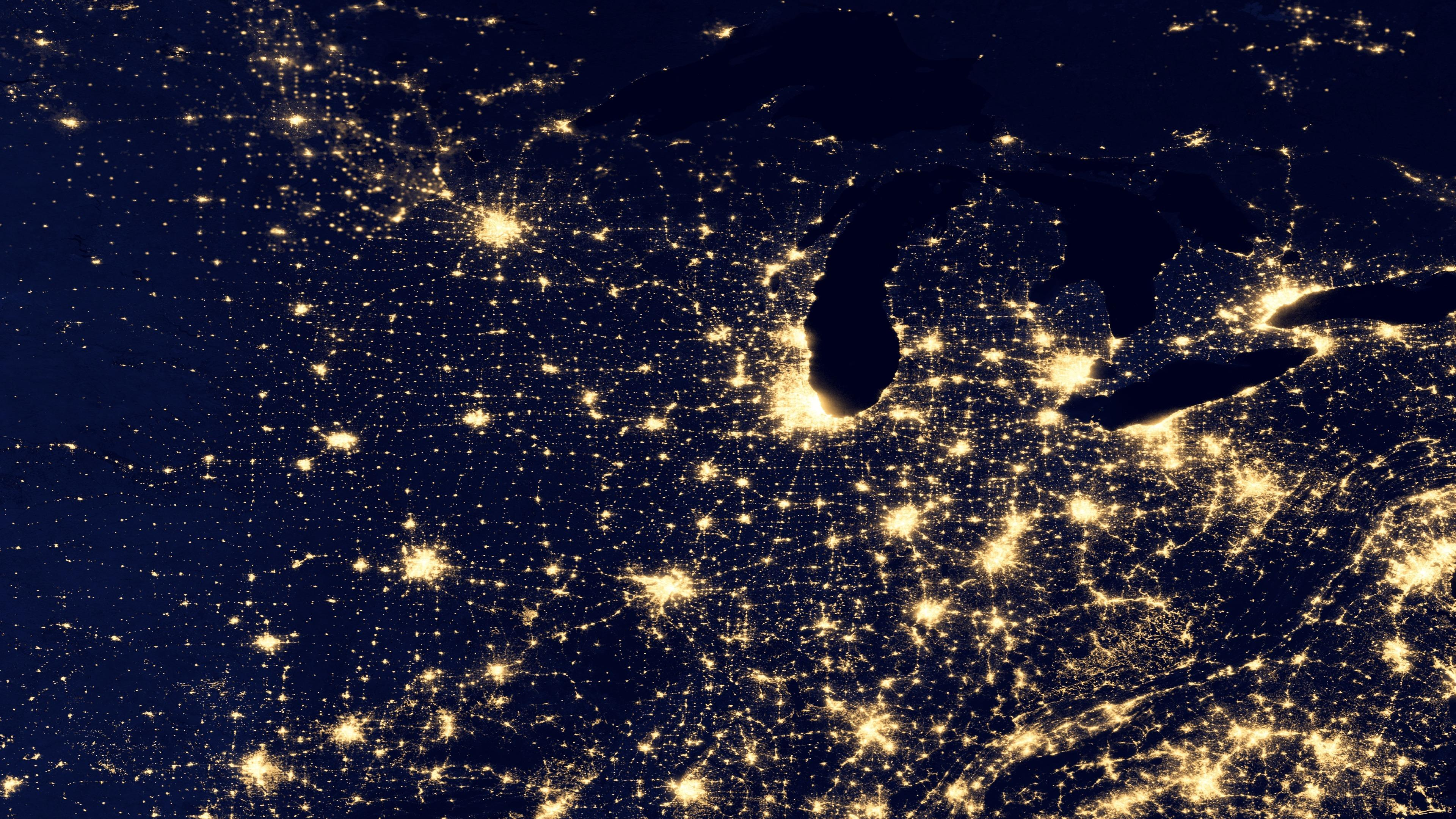 Night Lights of the Midwestern USA v2012 wallpaper