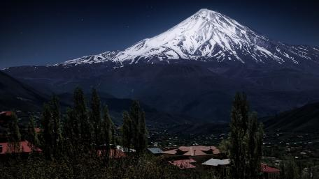 Mount Damavand by night wallpaper