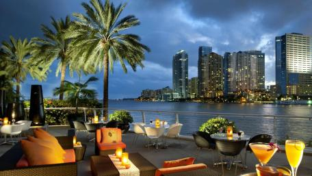 Brickell by night wallpaper