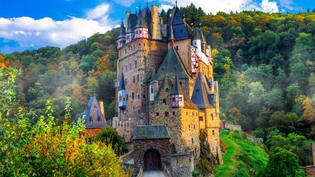 Burg Eltz (Eltz Castle) wallpaper