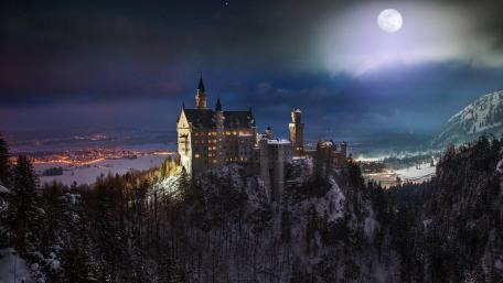 Neuschwanstein Castle at full moon wallpaper