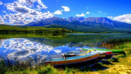 Edith Lake, Alberta wallpaper