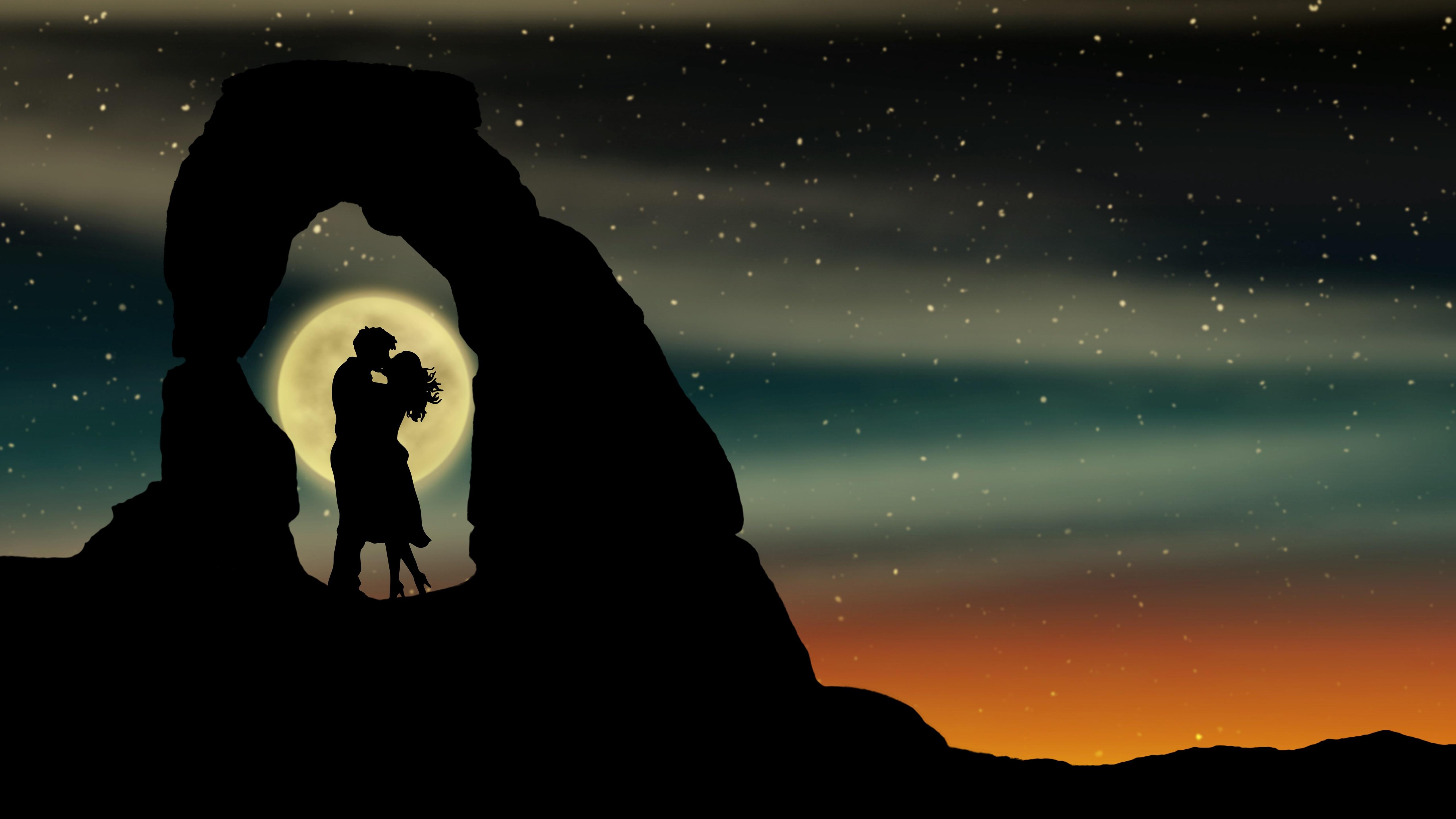 Kissing at full moon wallpaper