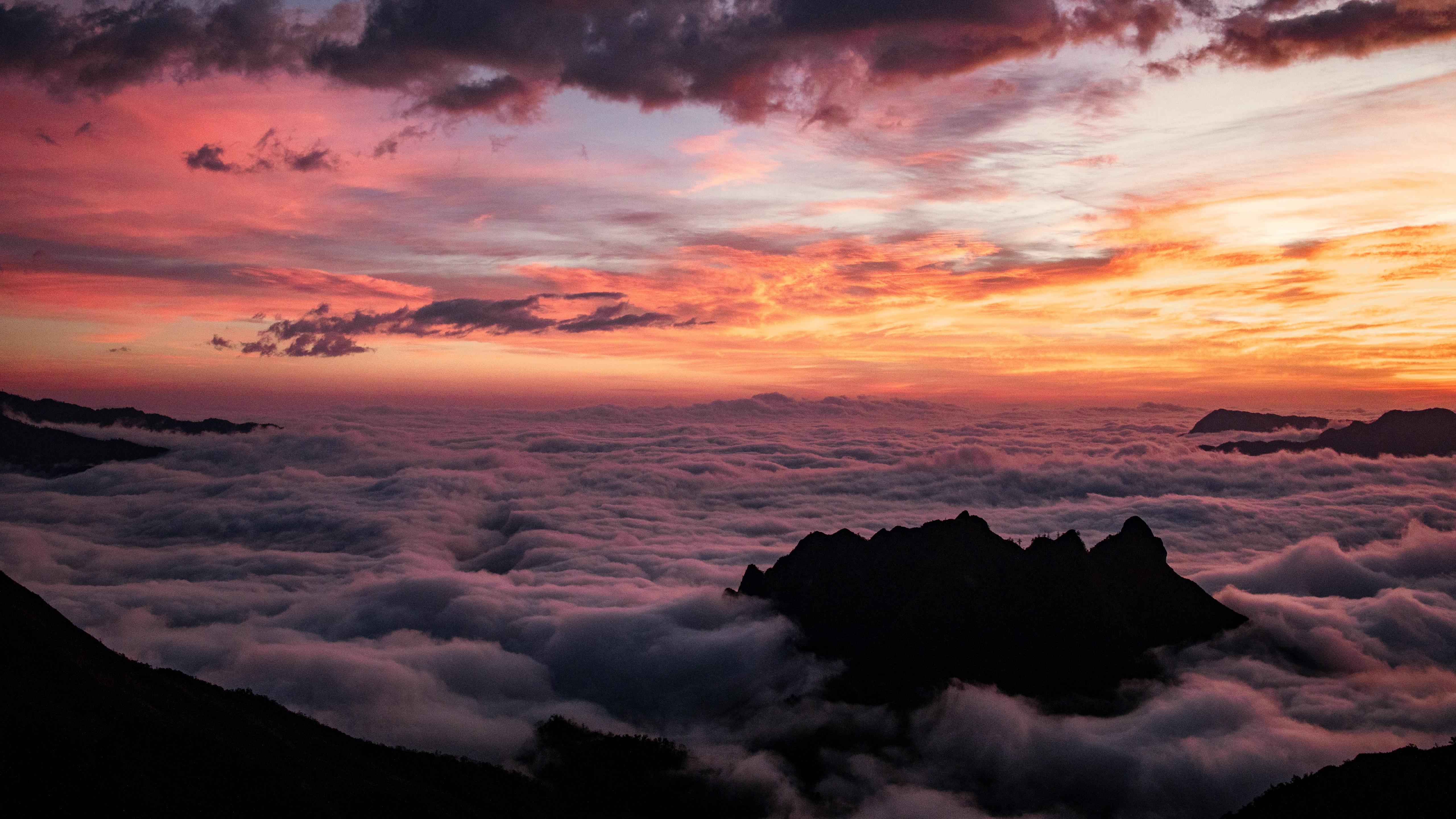 Sea of clouds wallpaper