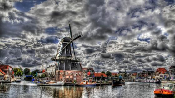Haarlem Windmill - Netherlands wallpaper