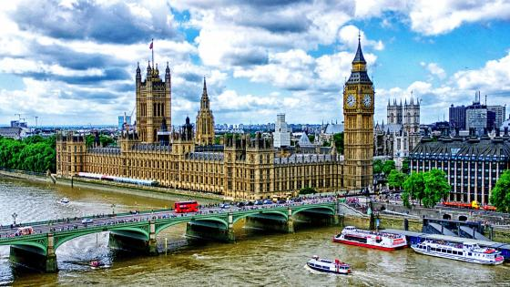 Westminster Bridge and Big Ben - London wallpaper