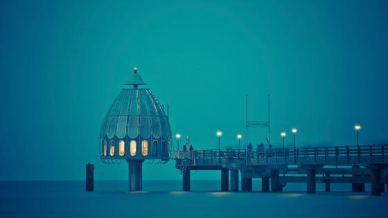 Diving bell at the pier, Germany wallpaper