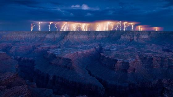 Lightning strikes above the Grand Canyon  wallpaper