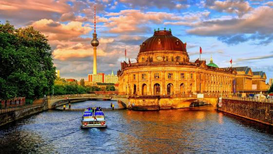 Bode Museum and Fernsehturm, Berlin wallpaper
