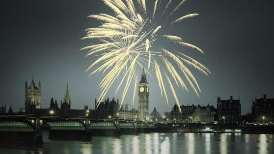 London Fireworks wallpaper