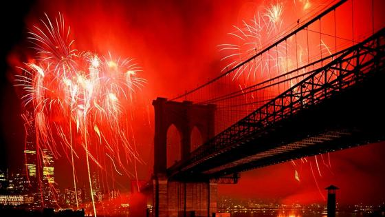 Brooklyn Bridge Fireworks wallpaper