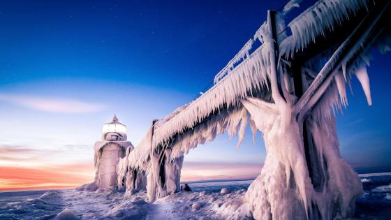 Icy Saint Joseph Lighthouse wallpaper