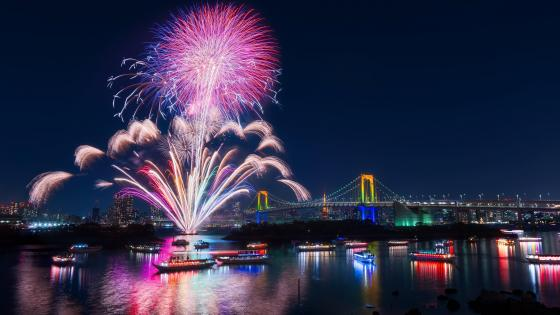 Fireworks on the river wallpaper
