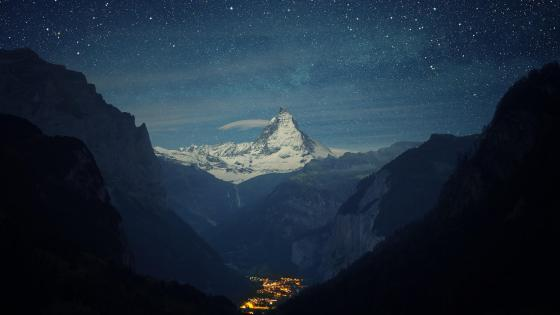Matterhorn over Zermatt wallpaper