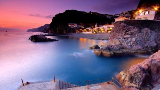 Beautiful sunset at Ponta Do Sol, Madeire Island wallpaper