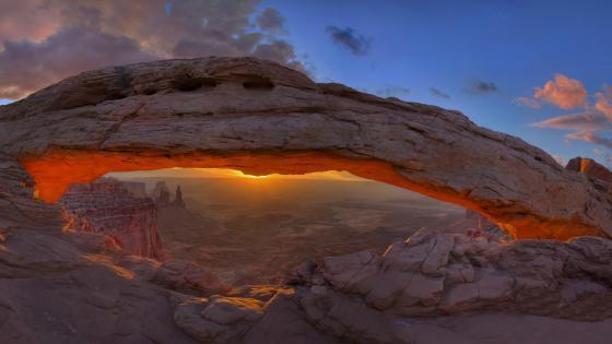 Mesa Arch (Canyonlands National Park) wallpaper