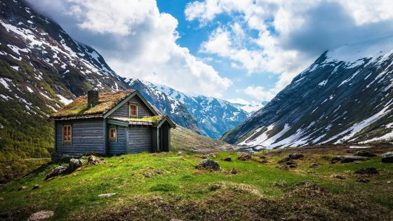 Cabin in Norway wallpaper