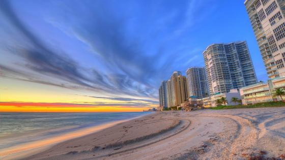 Sunset on Miami Beach wallpaper
