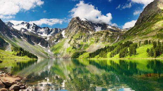 Altai mountain lake wallpaper