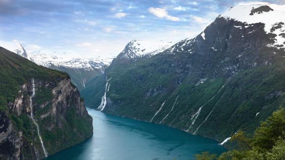 Geiranger Fjord wallpaper
