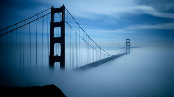 Golden Gate Bridge in the fog wallpaper