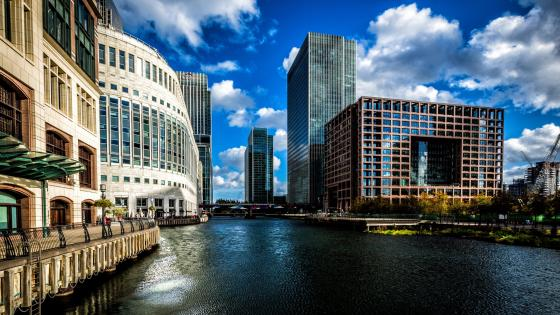 South Dock and Canary Wharf - London, UK wallpaper