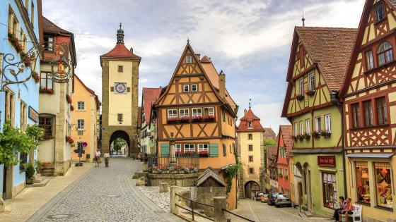 The charming Rothenburg ob der Tauber - Germany wallpaper
