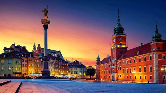 Old town panorama of Warsaw at night wallpaper