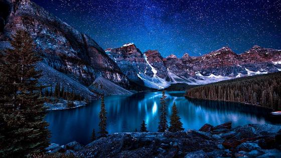 Moraine Lake - Valley of the Ten Peaks ⛰️ wallpaper
