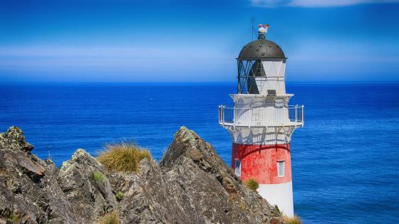 Cape Palliser lighthouse, New Zealand wallpaper