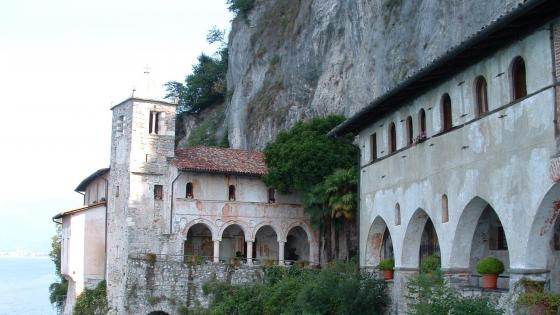 Italy - Santa Caterina del Sasso cliff-side monastery wallpaper
