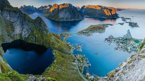 Lofoten panorama wallpaper