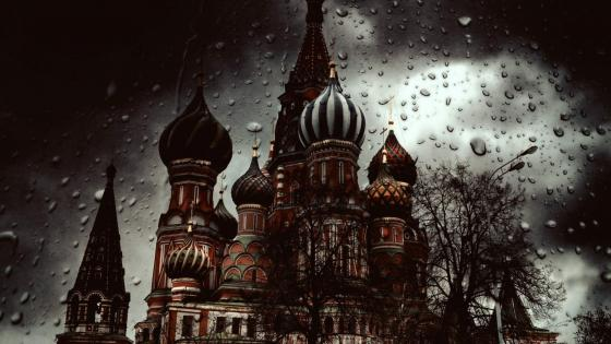 St. Basil's Cathedral on Red Square wallpaper
