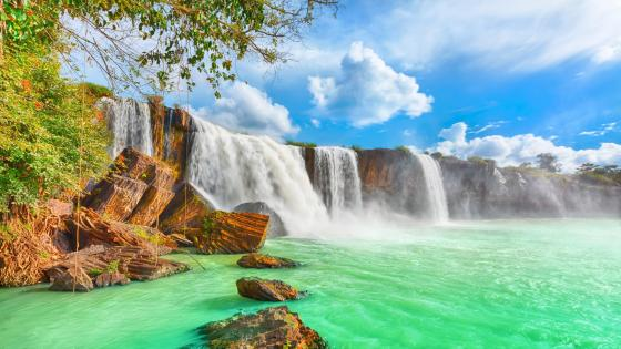 Dray Nur Waterfalls - Amazing waterfall in Vietnam wallpaper