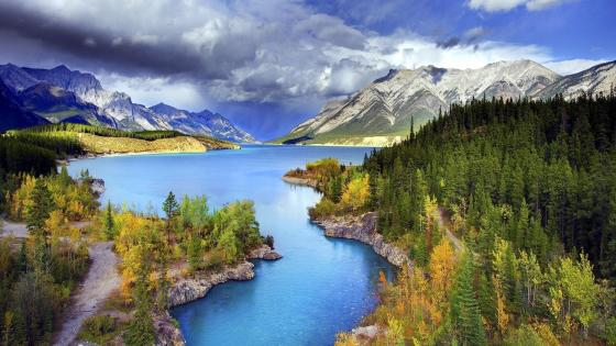 Abraham Lake, Banff National Park, Alberta, Canada wallpaper