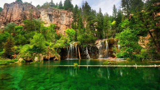 Hanging Lake wallpaper