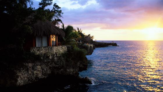 Coast of the Caribbean Sea in Jamaica wallpaper