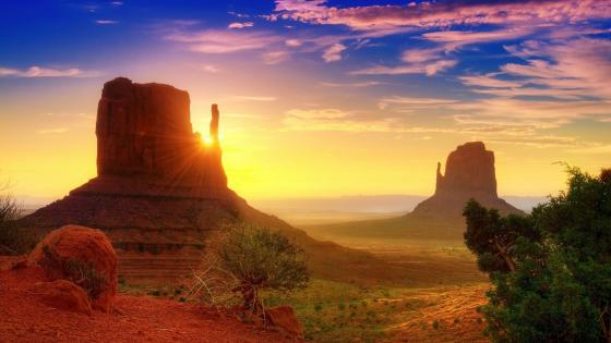 Monument Valley - Navajo Tribal Park wallpaper